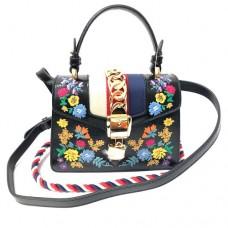 Сумка Gucci Sylvie mini bag 421882-luxe3R