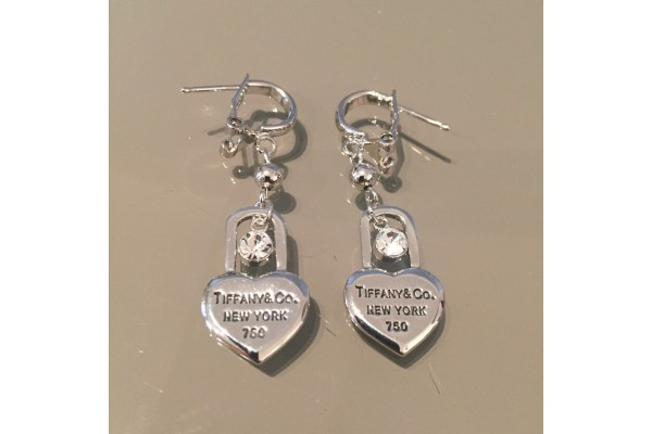 Серьги Tiffany&Co. 00500-22R